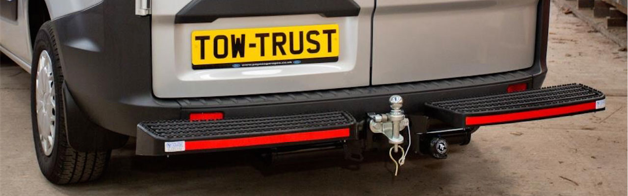 Tow Trust Ball & Pin with Gripper Step