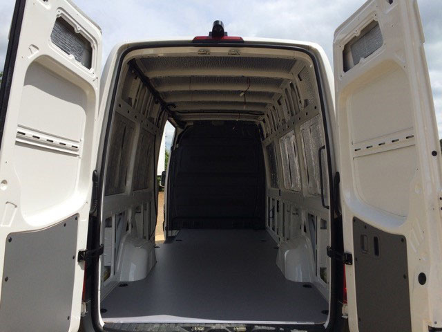 VW Crater - RVC Installed & New Sortimo Floor